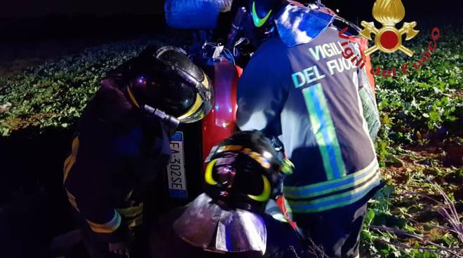 incidente auto a turate fuori strada soccorsi