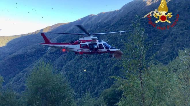 incidente in montagna, pastore muore dopo caduta nel burrone