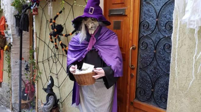 La magia di castagne e streghe a Rovenna di Cernobbio: migliaia di visitatori