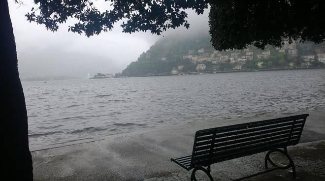 livello lago di como in crescita dopo pioggia di oggi
