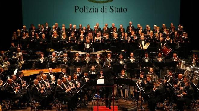 banda polizia di stato concerto di natale al Sociale di Como