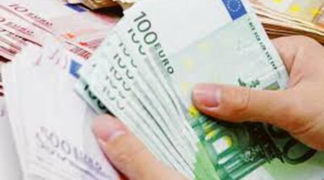 classifica per reddito di cittadinanza a como soldi e di maio