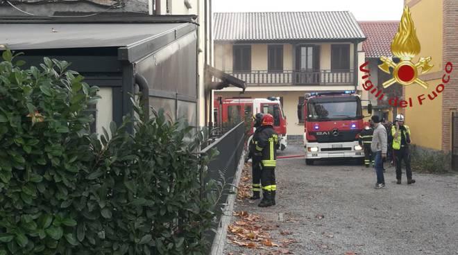 incendio trattoria la pergola cabiate a fuoco la cucina pompieri