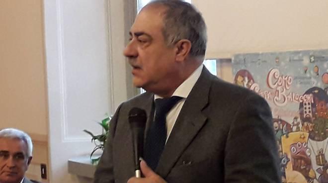 presentazione in comune a como città dei balocchi 2018 organizzatori e sindaco
