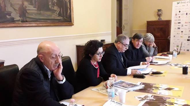presentazione noir in festival a como comune con assessore rossotti e sindaco