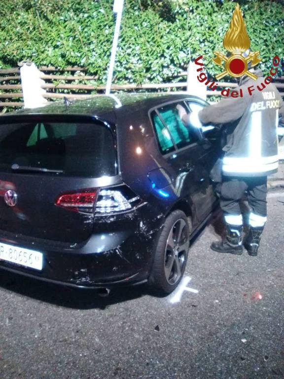 scontro tra auto fino mornasco incidente soccorsi