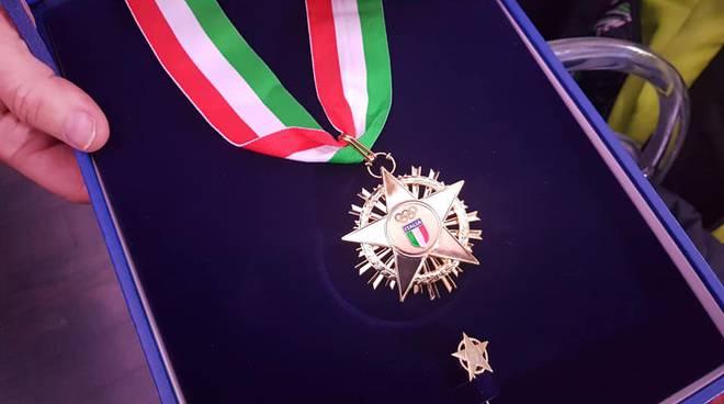 premiazione collare d'oro del coni per meriti sportivi mondelli e molinari coni roma