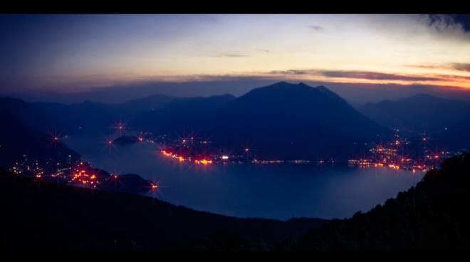 presentazione lake como christmas light progetto presepe sul lago