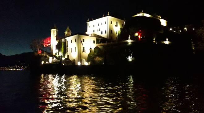 villa balbianello illuminata per il festival Christmas light