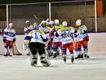 hockey como batte Ora a Casate girone salvezza esultanza giocatori ed azioni