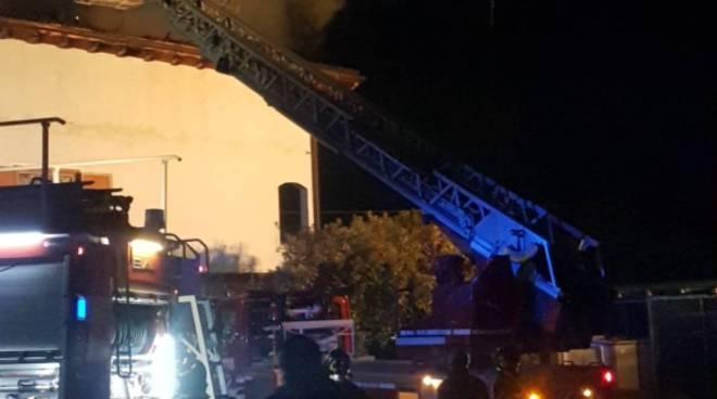 incendio canna fumaria abitazione di domaso via case sparse