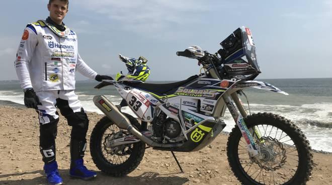 jacopo cerutti pronto per la sua terza dakar lui e la sua moto