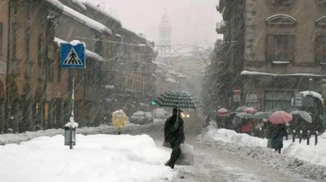 nevicata 13 anni fa a como, quasi mezzo metro caduto