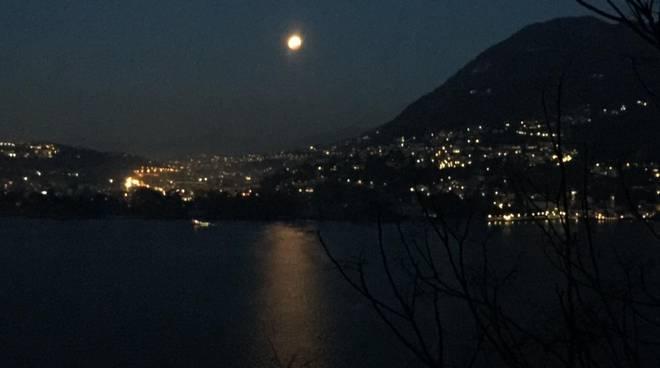 sequenza foto mattia verdolin eclissi totale di luna questa notte