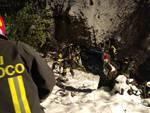 auto ribaltata ad alserio via milanese soccorsi dei pompieri nella notte