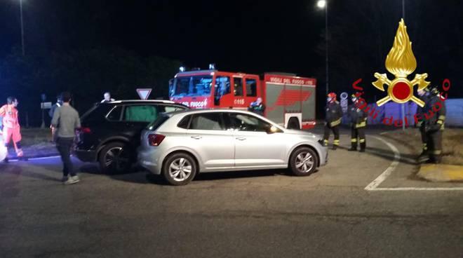 incidente tra auto a lurago marinone viale varese