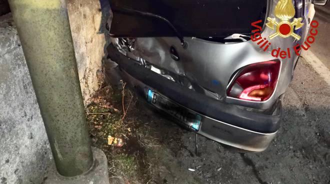 incidente tra auto gravedona vetture coinvolte soccorsi pompieri