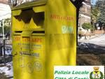 polizia locale cantù blitz per furto indumenti d acassonetti delle Onlus parcheggio supermercato
