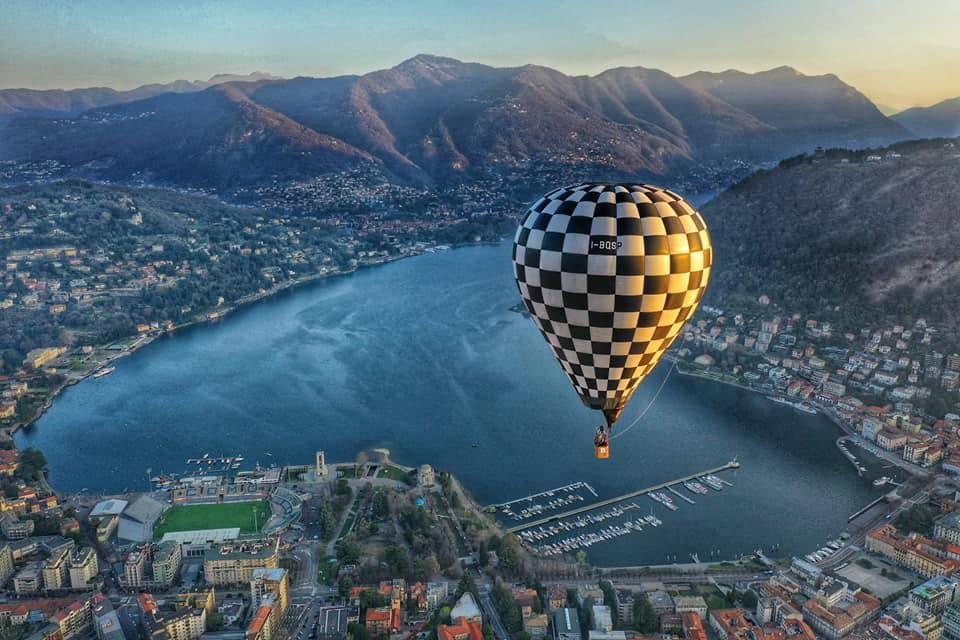balloon tour voli in mongolfiera sul cielo di como, immagini anche dei lettori