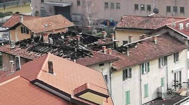cernobbio appartamento e tetto devastato dall'incendio di sabato a mornello