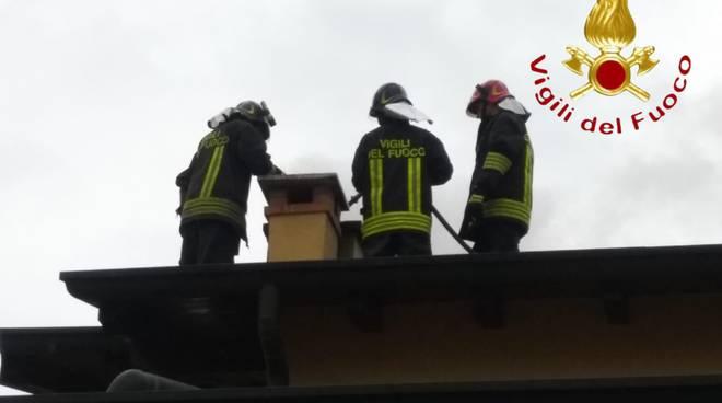 incendio camiono casa di bregnano via resistenza