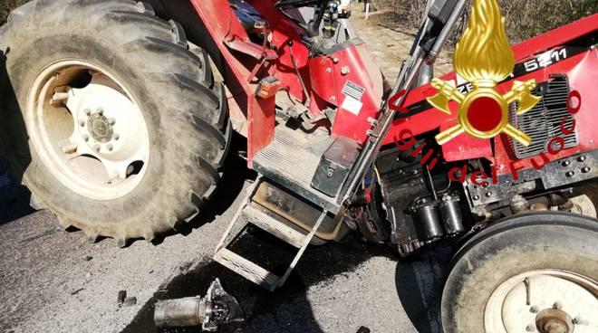 incidente tra jeep e trattore a bulgarograsso via per appiano
