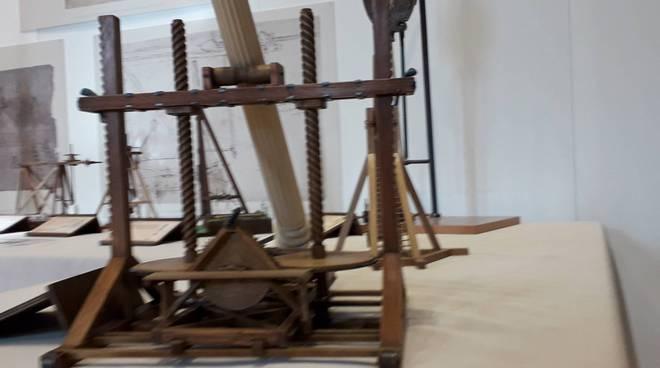 La mostra di Leonardo al Broletto di Como: tutte le macchine da vedere