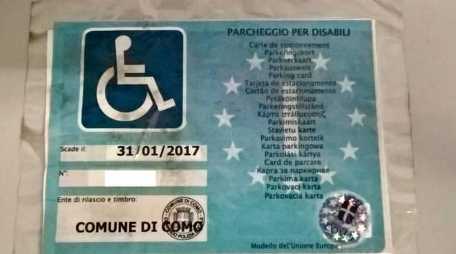 contraffazione documento per disabili per ztl como