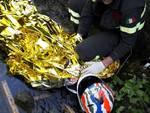 incidente carlazzo ragazzo vola nel burrone con la moto