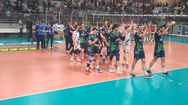 pool libertas festa al parini batte bergamo in semifinale playoff volley a2