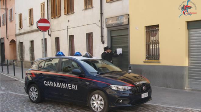 turate bar via cavour licenza sospesa dai carabinieri esterno locale