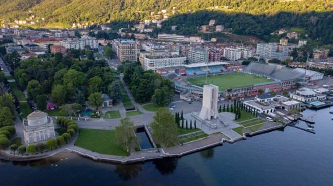 Con il drone sul cielo di Como all'alba: una città meravigliosa