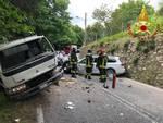 incidente cavallasca scontro frontale tra auto e camion pompieri soccorsi
