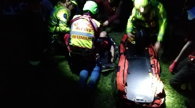 incidente in montagna questa sera donna morta nel dirupo in Valle d'Intelvi soccorso alpino pompieri elicottero
