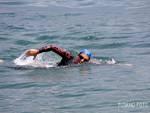 giorgio riva giro del lago a nuoto con la comonuoto arrivo a como