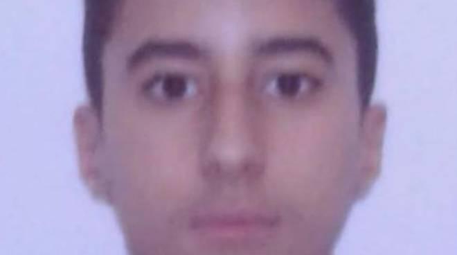 ragazzo 14 anni scomparso da casa da cirimido appello dei suoi genitori