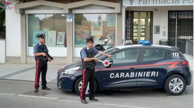 carabinieri compagnia cantù esterno farmacia alzani di cabiate