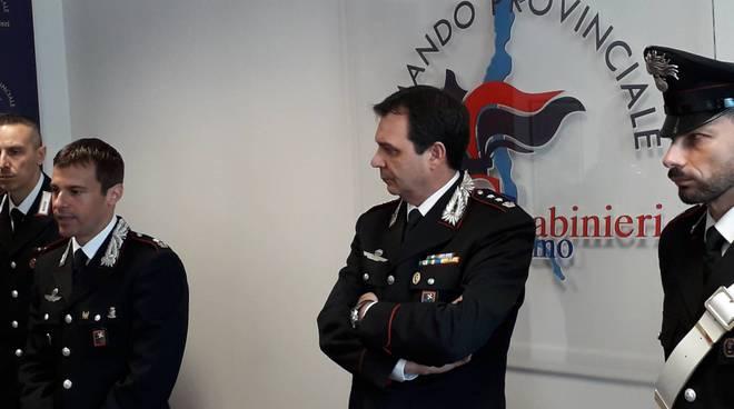 carabinieri menaggio e como presentano operazione arresto pietro sandrini a sorico