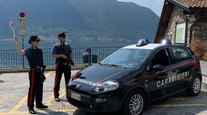carabinieri tremezzina furti su auto dei turisti presi due ladri