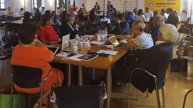chiara braga al tavolo di lavoro del pd a roma per nuovo governo