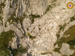 soccorso alpino lombardo intervento valle camomica alpinista di cantu' scivola e muore burrone