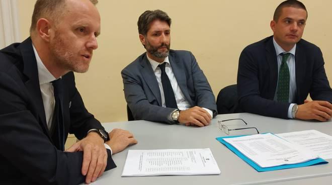 mozione di sfiducia a landriscina presentata da rapinese conferenza stampa presentazione