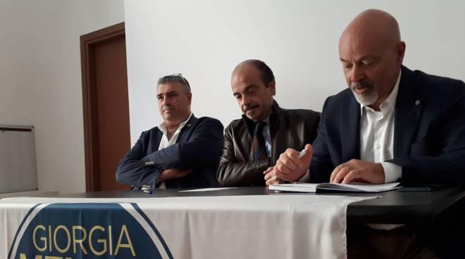 fratelli d'italia presentazione di raccolta firme contro lo ius soli sede como butti molinari avella