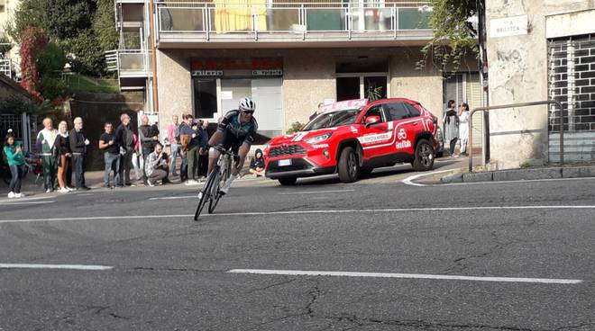 Giro di Lombardia 2019, gran pubblico ed i protagonisti sulle strade di Como