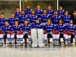hockey como foto squadra ed azione a varese derby