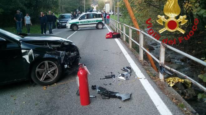 incidente magreglio, auto contro pedoni: uno muore altro garve