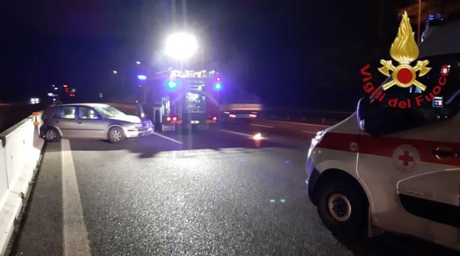 Incidente notte fino mornasco lomazzo autostrada intervento pompieri
