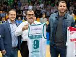 pallacanestro cantù san bernardo contro reggio emilia debutto a desio