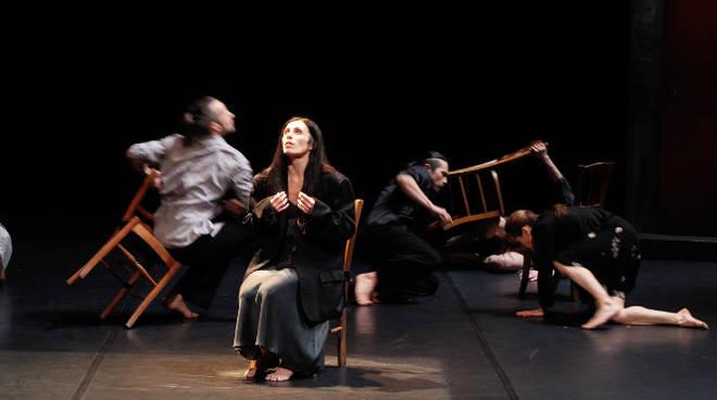 carolyn carson danza