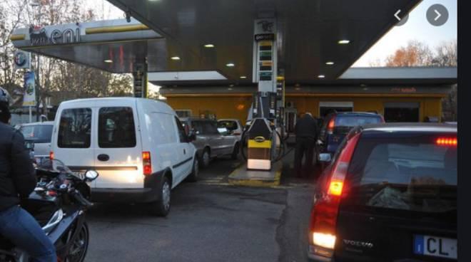 code benzinai per fare rifornimento per lo sciopero di domani